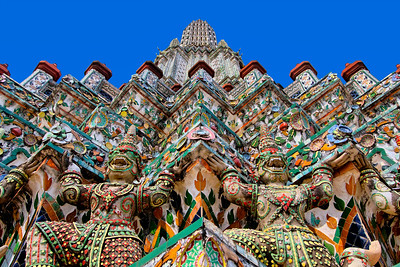 Detail Explosion, Wat Arun, Main Chedi, Bangkok
