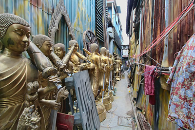Buddha Street - Buddhas in the Alley #1