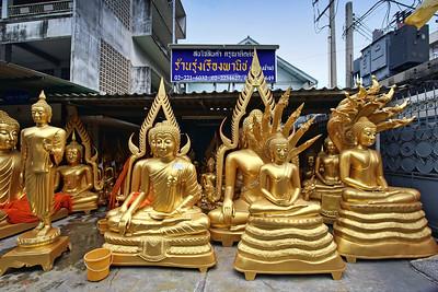Buddha Street - Waiting for Customers