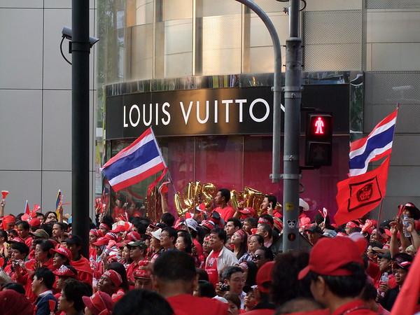 Bangkok - Red Shirts War 2010