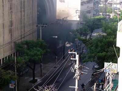 Attack on Bangkok Bank, Red Shirts #2, 19 May  2010