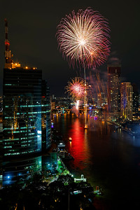 Bangkok New Years Fireworks (1)