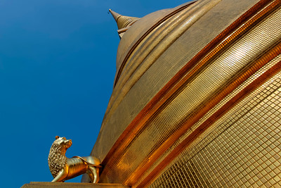 Pointing to the Heavens, Golden Chedi of Wat Bowonniwet,  Bangkok