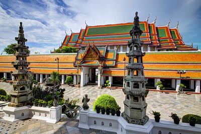 Wat Suthat Thep Wararam (Temple), Bangkok (3)