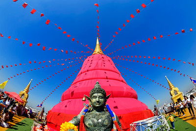 Wrapped in Red, Wat Saket, The Golden Mount, Bangkok