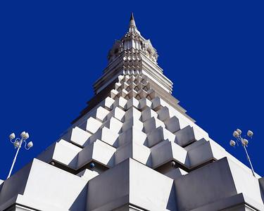 Spiritual Spaceship, Wat Paknam Chedi (Stupa)