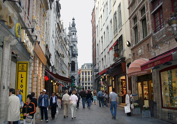 Along Boterstraat (Boter Street) - with the Kings House (Bread House) and the House of the Dukes of Brabant, in the Grand Place (Market Square) - Brussels