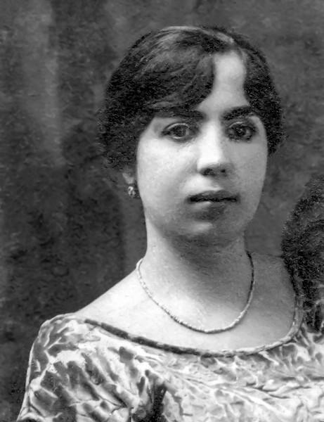 Rachel Bendayan (Mamé) - Grandmother