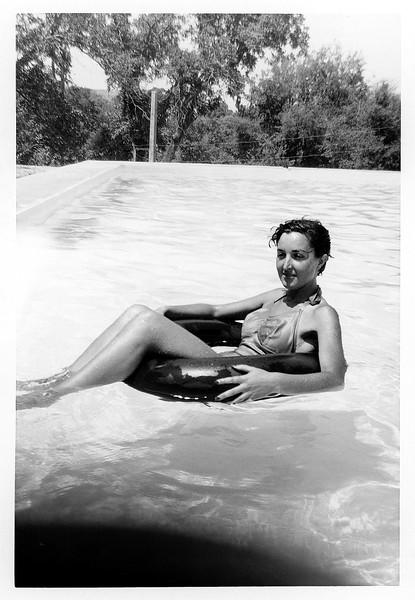 Sefrou - Alegria floating in an inner tube - August 1952