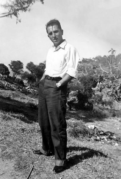 Raphaël circa 1952