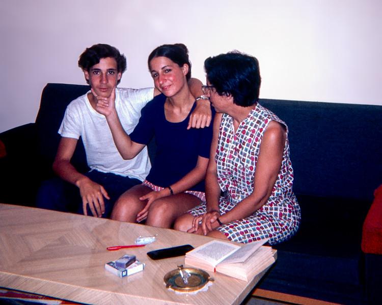 Izhar, Mihal & Clairette