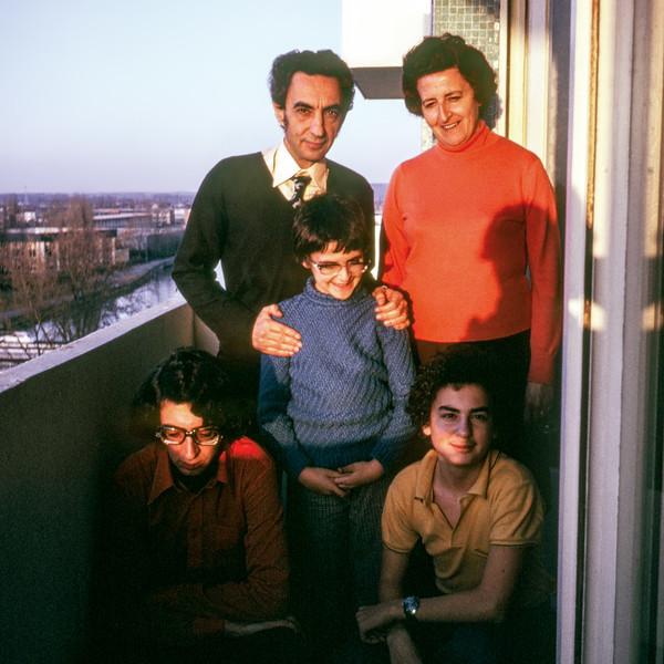 Elias, Arlette, Daniel, Patrick & Marc - January 1975