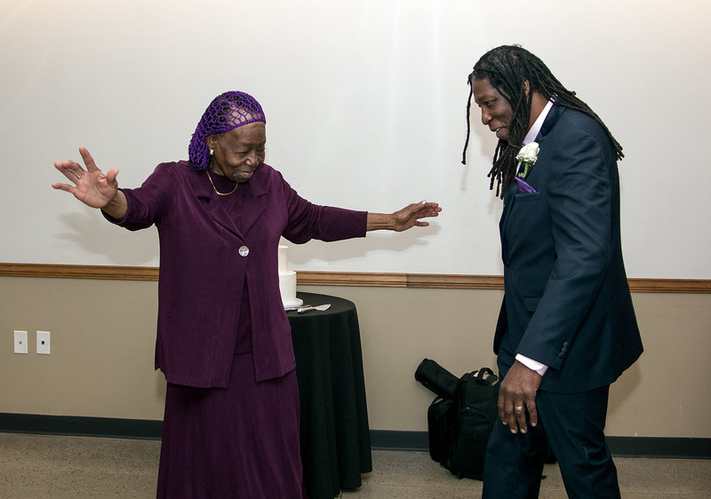 Lillie Mae & Jabreel's mother - son dance
