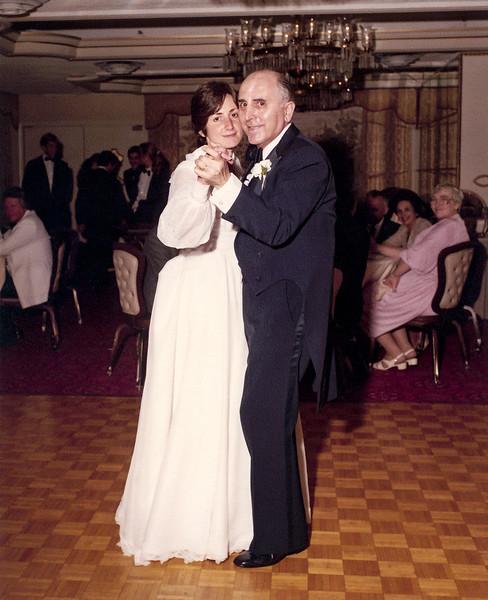 Father / Daughter Dance - Raphaël & Mercedes
