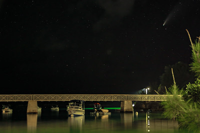 bailey's bay bridge with comet neowise