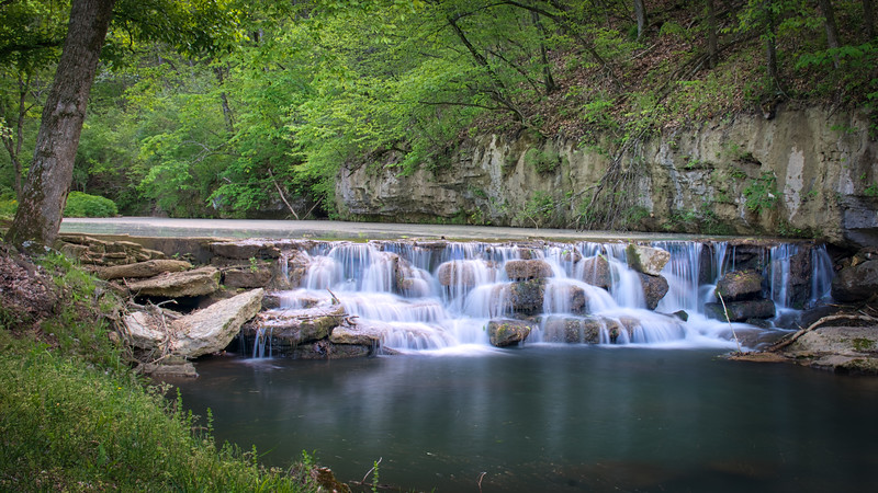 Dogwood Canyon Falls