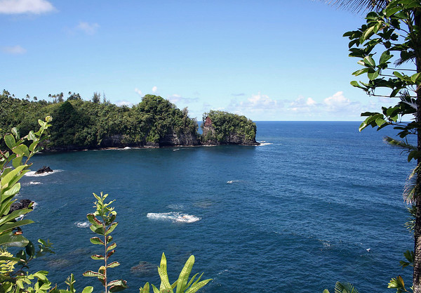 "Onomea Bay - meaning ""best place"" in the Hawaiian language - Hilo district (eastern area of the island)"