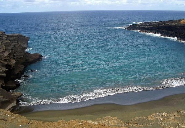 Mahana Bay - Papakolea Beach (Green Sand Beach) - Kaʻū district