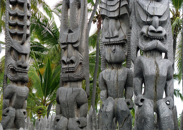 Ki'i (name for carved wooden humanoid god statues in ancient Hawaiian culture) - called Tiki in Polynesian culture