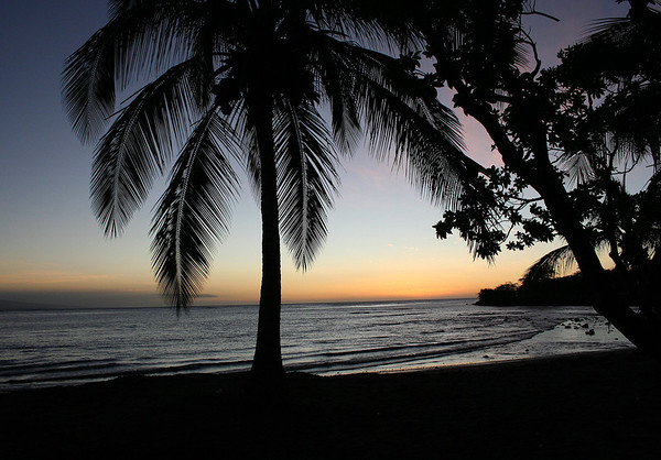 Ohaiula Beach sunset - just north of Spencer Beach County Park - near the harbour town of Kawaihae - with the northwestern slope of the Hualalai Volcano (1 of the 5 volcanos that comprise the island) - Kohala district