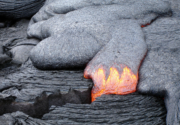 Pahoehoe lava - is around 2,200 degrees °F (1,200 °C) - when flowing - Hawaii Volcanoes National Park