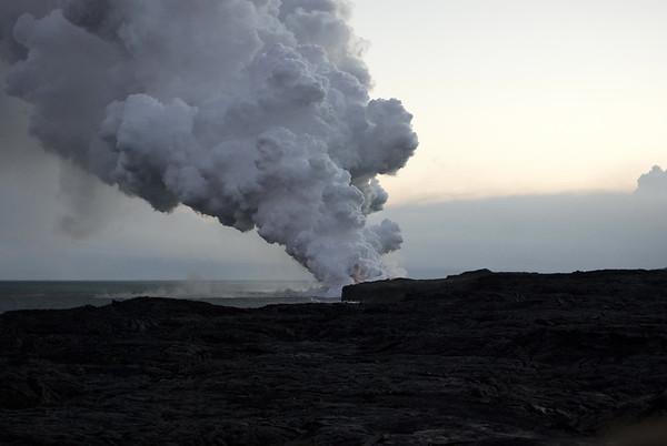 Sunset at the Pu'u O'o volcanic steam cloud - Hawaii Volcanoes National Park