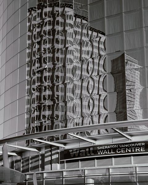 WallCtr-17_IG_BW_NS