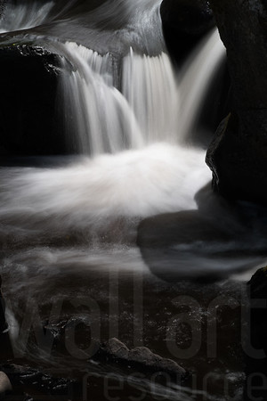 Moving Water 006 | Wall Art Resource