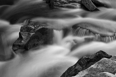 Moving Water 003 | Wall Art Resource