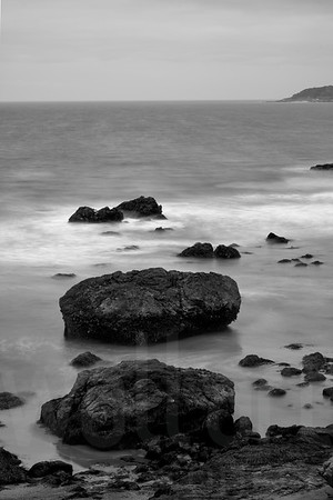 Rocky Shore 004 | Wall Art Resource