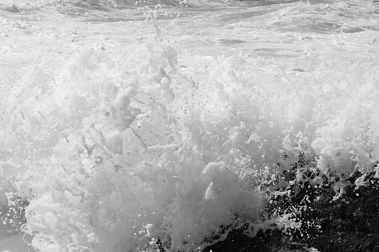 Fast Shutter Wave. Laguna Beach