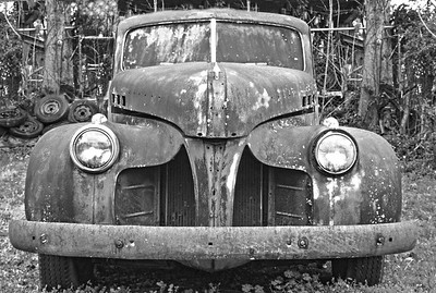 1940's truck in Black and White