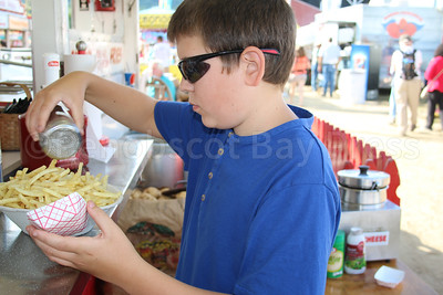 CP-BHF-fair-food-Isiah-Abbott-fries--090816-AB