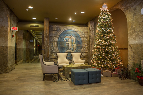 Brewhouse Inn and Suites - Xmas