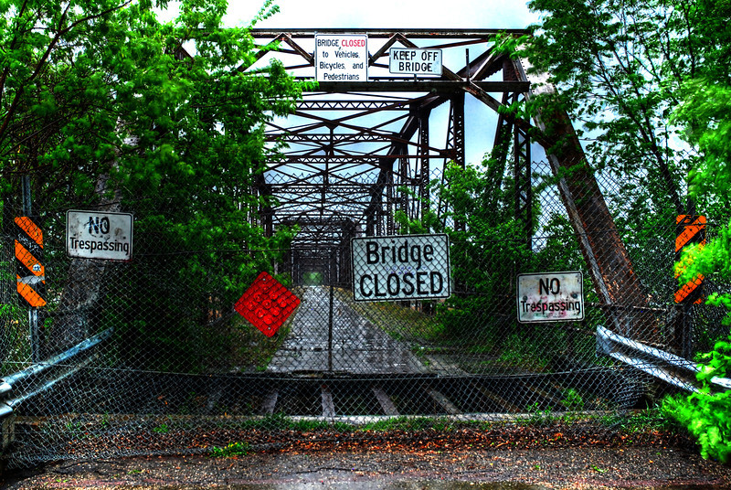 Raining on the Old Cedar Avenue Bridge
