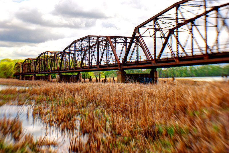 Old Cedar Avenue Bridge