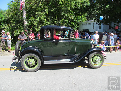 WP-Bklin-J4-Parade-Antique-Car-03-070716