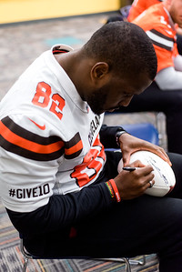 Browns give back-0023