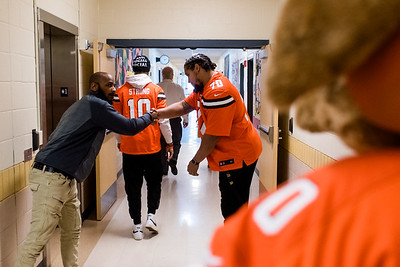 Browns give back-0037
