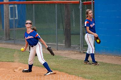 High School Softball Lady Bruins