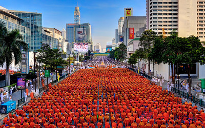 Bangkok Ratchaprasong, Mass Alms Giving Ceremony (10,000 Monks) (4)