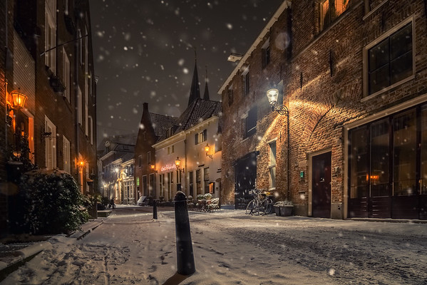 Deventer on a snowy evening