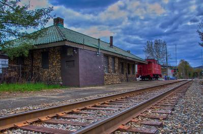 Pompton Lakes Train Station (Station Plaza) - Pompton Lakes, New Jersey