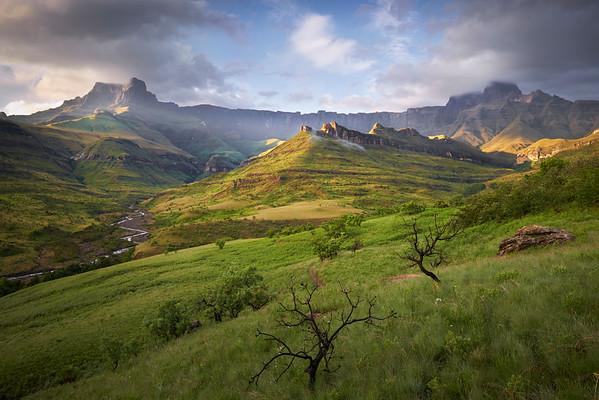 Pride Rock, Drakensberg