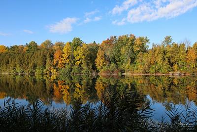 Green Lakes 0227 LOGO