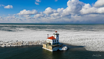 Oswego Lighthouse 1