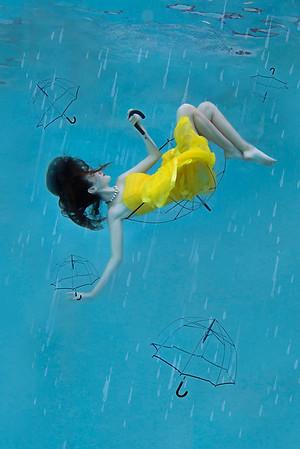 """Raindrops keep Fallin"""" On My Head"""