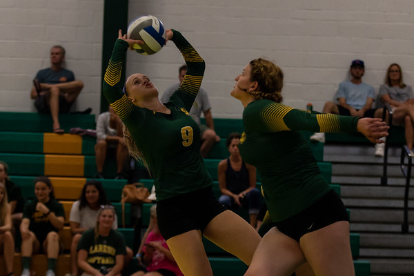 Women Volleyball vs. Stevens. Stevens win 3 to 0.