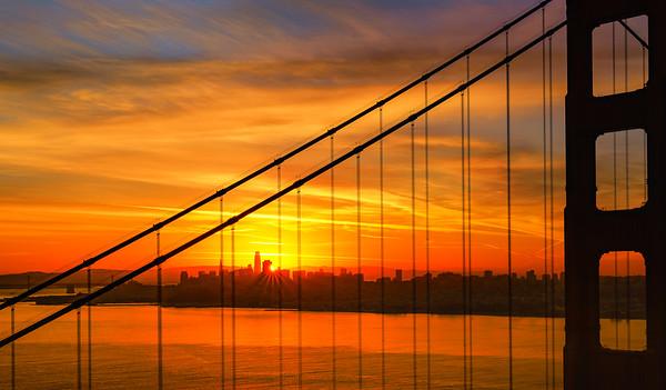 Golden Gate Bridge and sunstar5