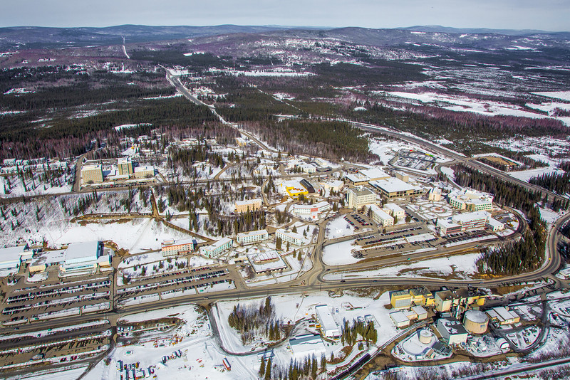 """The 2,250-acre Fairbanks campus, located near the center of Alaska, offers a wide variety of opportunities for activity and recreation. The main campus has two lakes and miles of trails as well as a major student recreation complex for indoor sports.  <div class=""""ss-paypal-button"""">Filename: CAM-13-3781-82.jpg</div><div class=""""ss-paypal-button-end"""" style=""""""""></div>"""